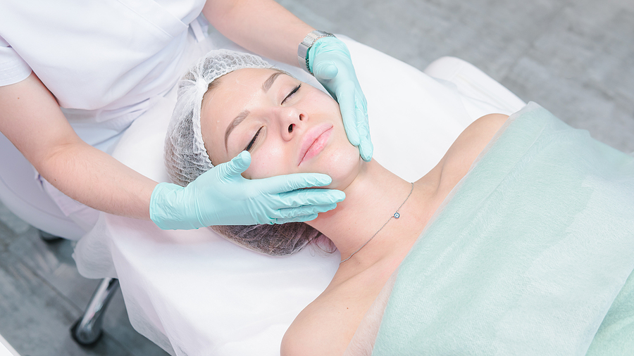 Woman getting a botox in a cosmetic dermatology in Melbourne